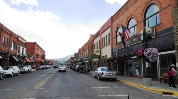 View along Broadway Ave in Red Lodge, MT