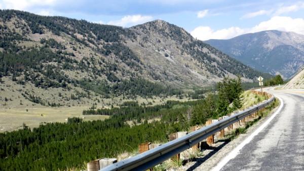 View eastward along Beartooth Scenic Hwy