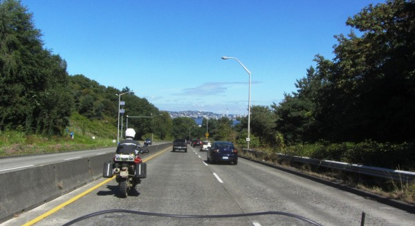 View along the West Seattle Bridge